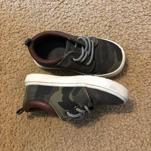Toddler size 6 camo slip on shoes